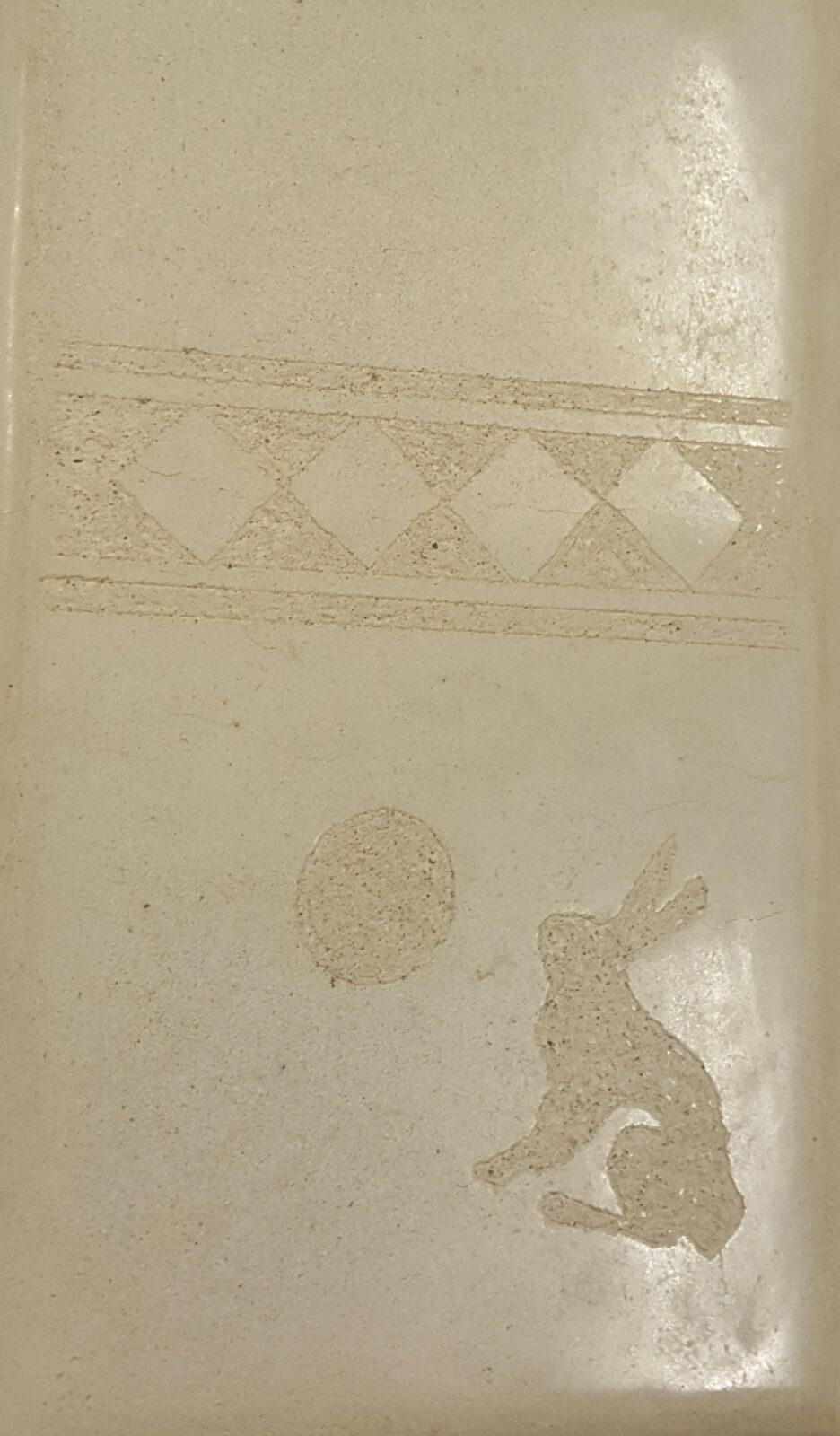 Tadelakt konijn copie van Joseph Beuys origineel