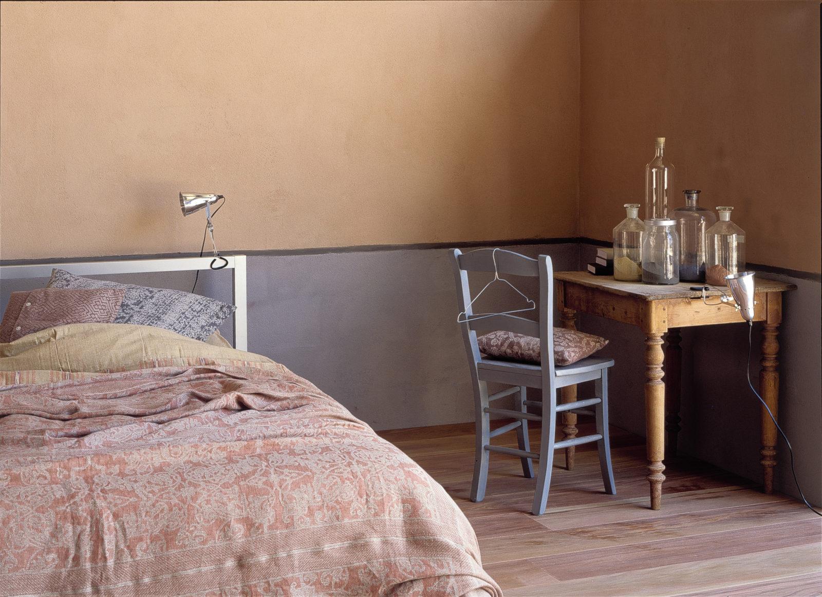 leemstuc Tierrafino slaapkamer