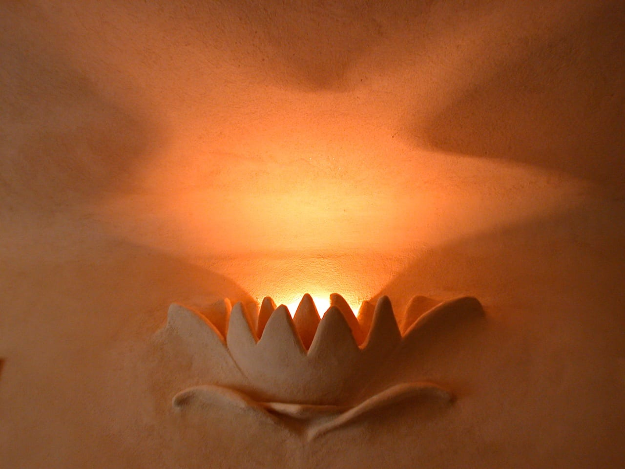 leemstuc leempleister lamp
